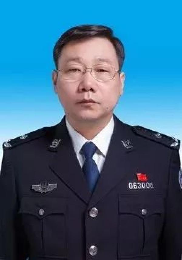 马占山任邯郸市政府党组成员、市公安局党委书